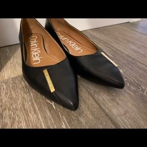 Calvin Klein Shoes - Calvin Klein Leather Arline flats